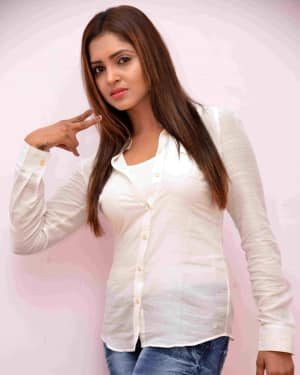 Actress Sanchita Padukone New Photos | Picture 1535324