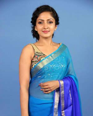 Actress Sheela Kaur Unseen Photoshoot | Picture 1525568