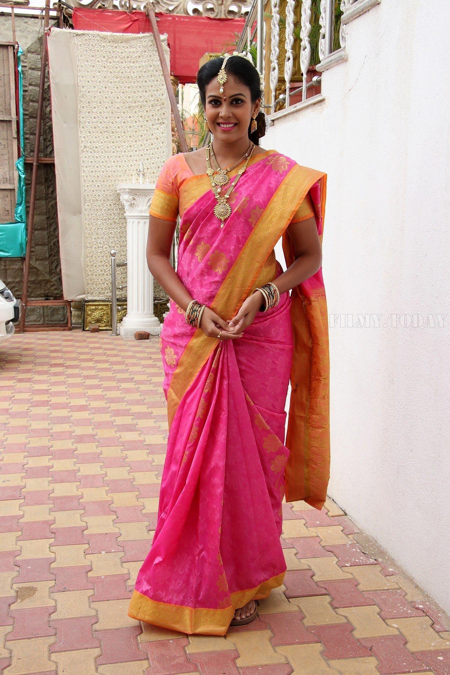 Chandini Tamilarasan - Mannar Vagaiyara Shooting Spot Press Meet Photos | Picture 1531859