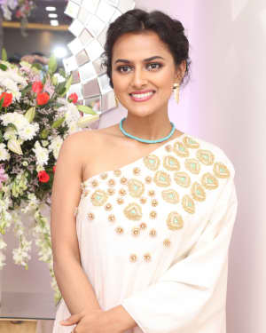 Photos: Actress Shraddha Srinath Launch Skin Lab