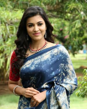 Actress Anju Kurian in Saree Latest Photos