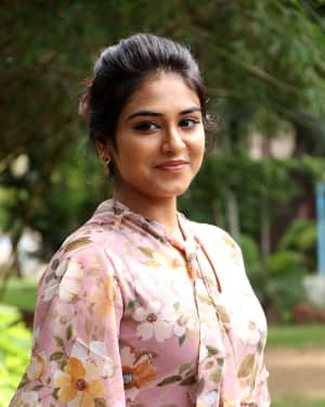 Actress Indhuja Photos at 60 Vayathu Maaniram Press Meet