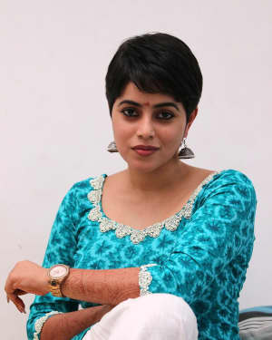 Actress Poorna aka Shamna Kasim Latest Photos