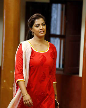 Varalaxmi Sarathkumar - Kanni Rasi Movie Stills