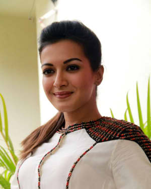 Catherine Tresa - Kalakalappu 2 Movie Press Meet Photos | Picture 1558557