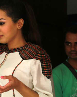 Catherine Tresa - Kalakalappu 2 Movie Press Meet Photos | Picture 1558550