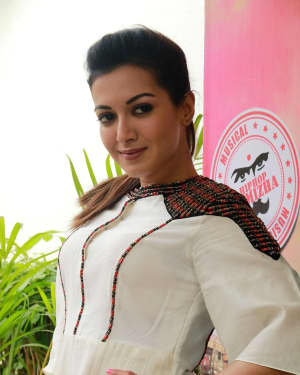 Catherine Tresa - Kalakalappu 2 Movie Press Meet Photos | Picture 1558559