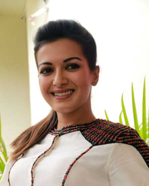 Catherine Tresa - Kalakalappu 2 Movie Press Meet Photos | Picture 1558558