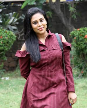 Swathi aka Thara at Kelambitangaya Kelambitangaya Press Meet Photos