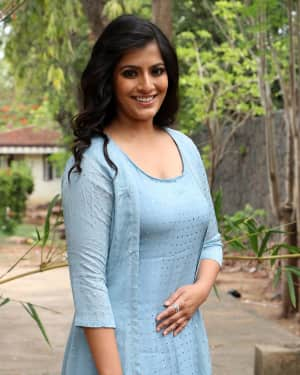 Varalaxmi Sarathkumar - Chandramouli Tamil Movie Press Meet Photos