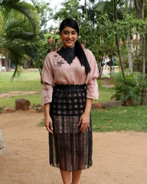 Regina Cassandra - Chandramouli Tamil Movie Press Meet Photos