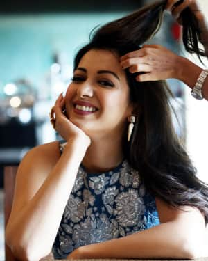 Actress Catherine Tresa Latest Photoshoot by Arun Prasath | Picture 1587301