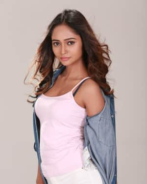 Actress Akriti Singh Hot Photoshoot | Picture 1569849