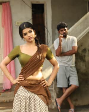 Ashna Zaveri - Ivanukku Engeyo Macham Irukku Movie Stills