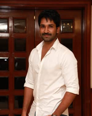 Aadhi Pinisetty - U Turn Tamil Movie Press Meet Photos