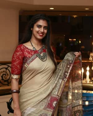 Kasthuri - Mano Bala's Son Harish - Priya Wedding Reception Photos