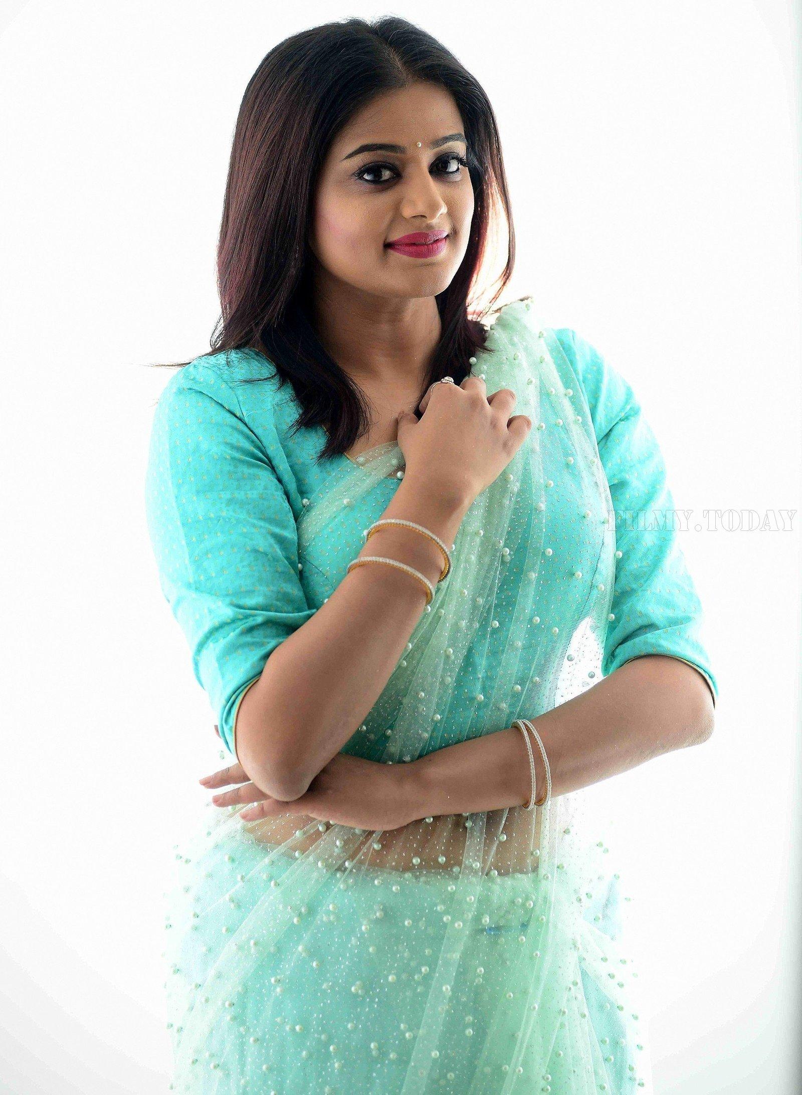 Actress Priya Mani Hot in Transparent Saree Photoshoot | Picture 1528088