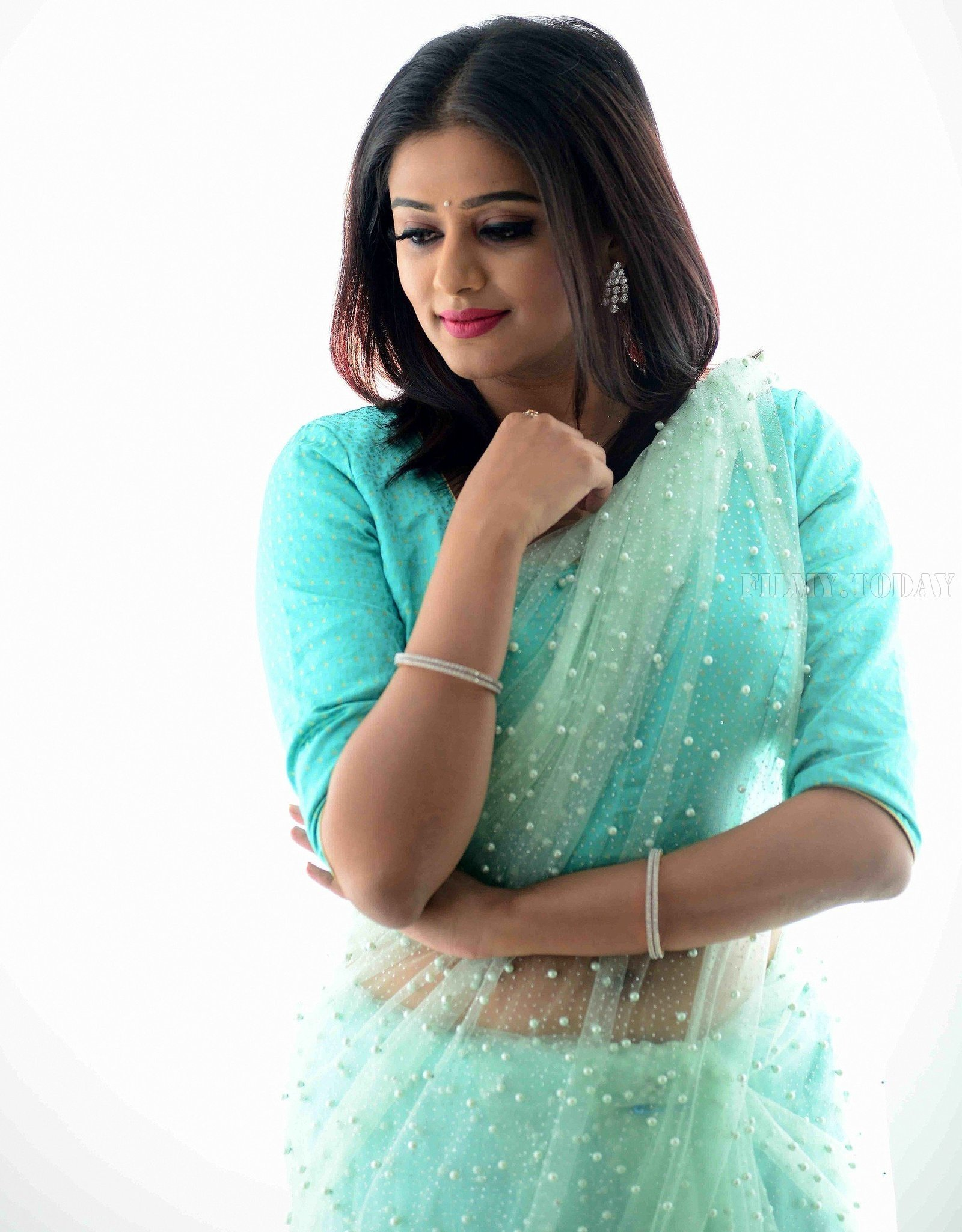 Actress Priya Mani Hot in Transparent Saree Photoshoot   Picture 1528089