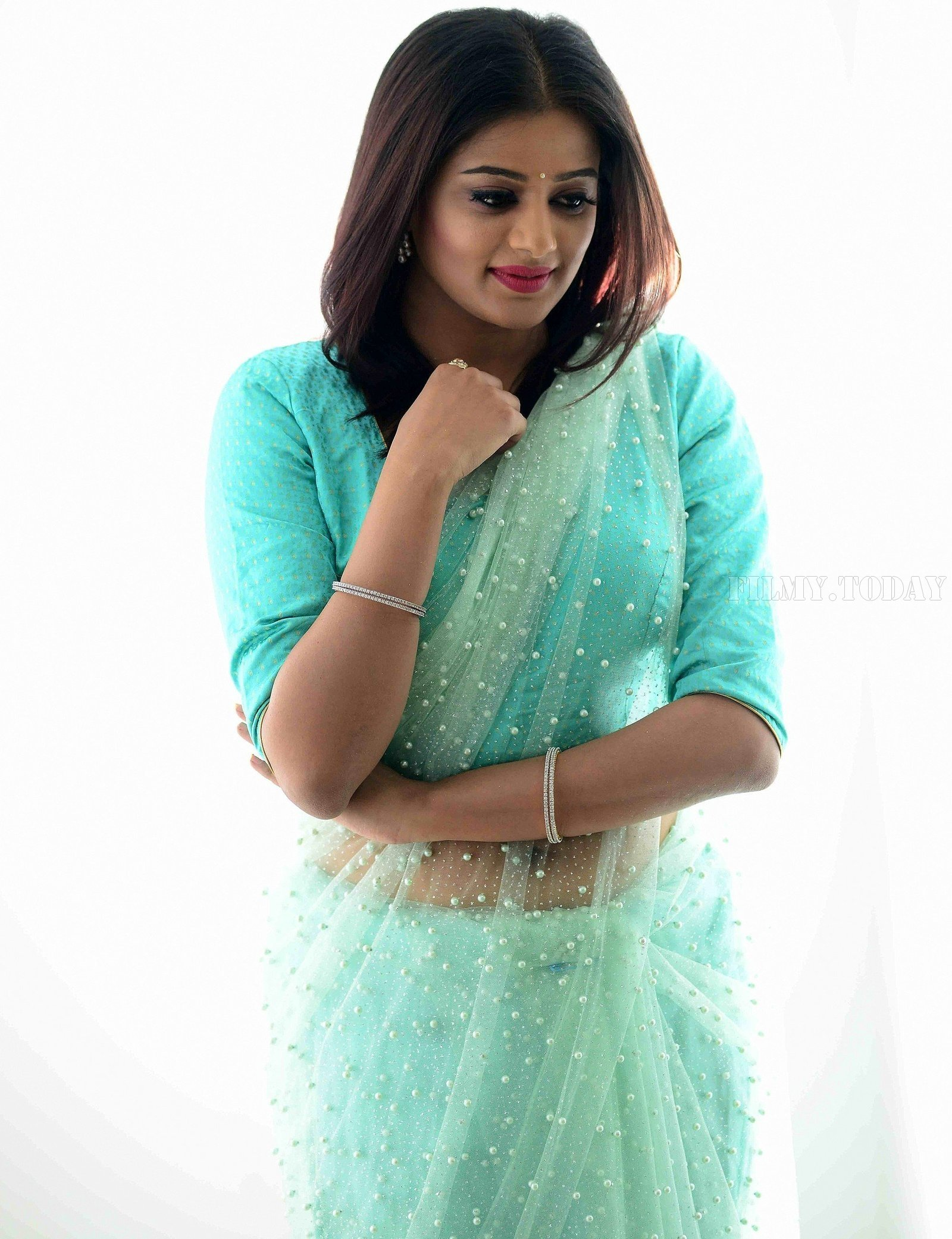 Actress Priya Mani Hot in Transparent Saree Photoshoot | Picture 1528091
