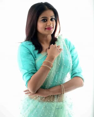 Actress Priya Mani Hot in Transparent Saree Photoshoot | Picture 1528088