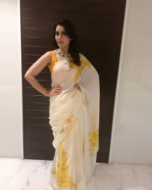 Actress Rashi Khanna at Mohanlal's Villain Movie Audio Launch Photos | Picture 1528277