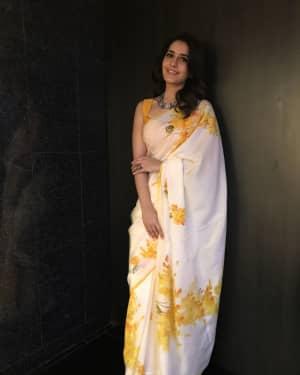 Actress Rashi Khanna at Mohanlal's Villain Movie Audio Launch Photos | Picture 1528273