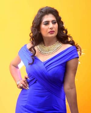 Actress Neha Saxena Hot Photos | Picture 1531401