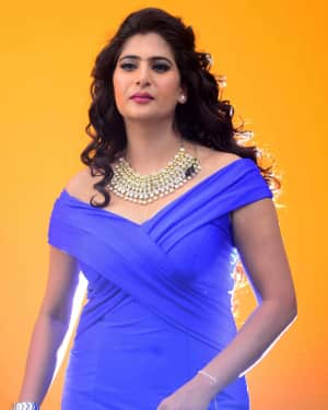 Actress Neha Saxena Hot Photos | Picture 1531402