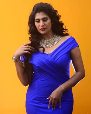 Actress Neha Saxena Hot Photos | Picture 1531399