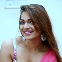 Aswini Hot Stills at Nuvvu Nenu Osey Orey Movie Press Meet | Picture 1490414
