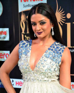 Actress Vimala Raman at IIFA Utsavam Awards 2017 Photos