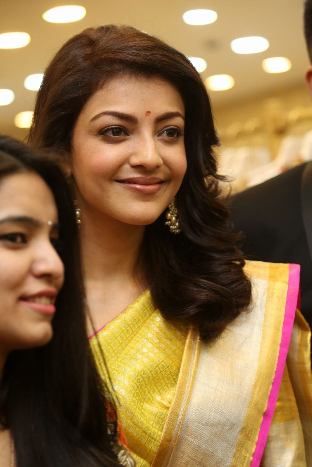 Kajal Agarwal Looking Gorgeous in Saree during Trisha Designer Store Launch Photos