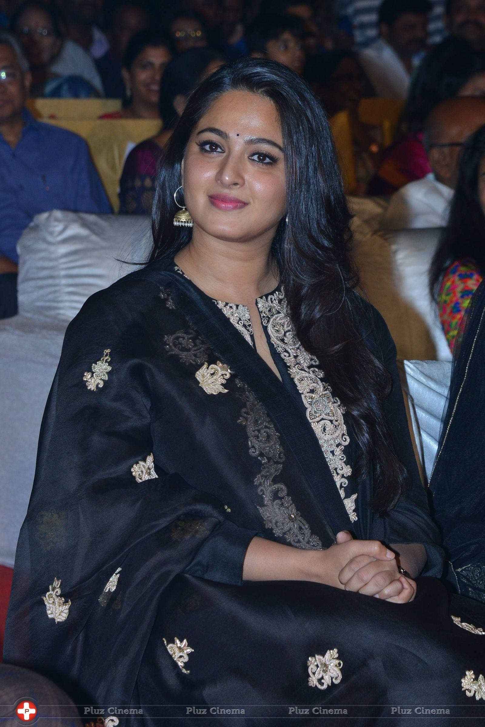 Picture 54922   Amrita Rao latest Gallery