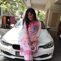 Actress Anjali Celebrates Holi Photos
