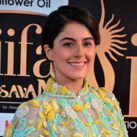 Isha Talwar Hot at IIFA Utsavam Awards 2017 Photos