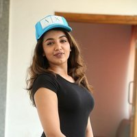 Tejaswi Madivada interview about her upcoming movie Babu Baga Busy Pics   Picture 1496128