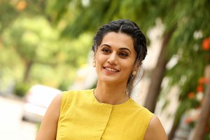 Taapsee Pannu at Anando Brahma Movie Motion Poster Launch Photos