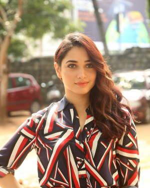 Actress Tamanna Bhatia at Queen Movie Launch Photos | Picture 1532357