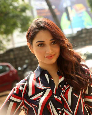 Actress Tamanna Bhatia at Queen Movie Launch Photos | Picture 1532358