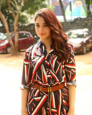 Actress Tamanna Bhatia at Queen Movie Launch Photos | Picture 1532354