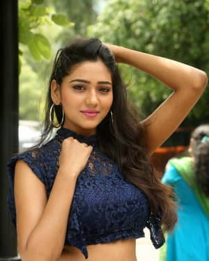 Actress Shalu Chourasiya Hot at Trendz Exhibition Photos | Picture 1533311