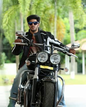 Dulquer Salmaan - Andamaina Jeevitham Movie Stills | Picture 1533914