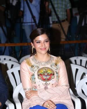 Mehreen Kaur - Raja The Great Movie Theatrical Trailer Launch Photos   Picture 1533989