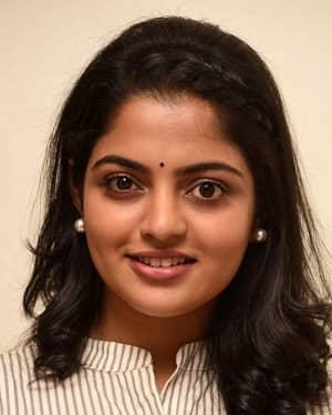 Actress Nikhila Vimal Interview for Meda Meeda Abbayi Movie Photos | Picture 1525215