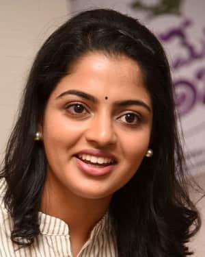 Actress Nikhila Vimal Interview for Meda Meeda Abbayi Movie Photos | Picture 1525224