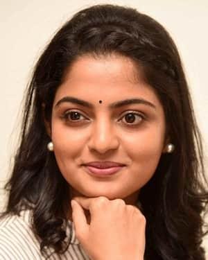 Actress Nikhila Vimal Interview for Meda Meeda Abbayi Movie Photos | Picture 1525211
