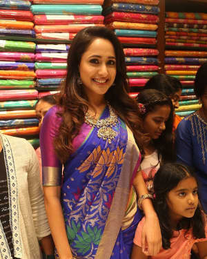 Pragya Jaiswal - Celebs at South India Shopping Mall Opening Photos | Picture 1526531
