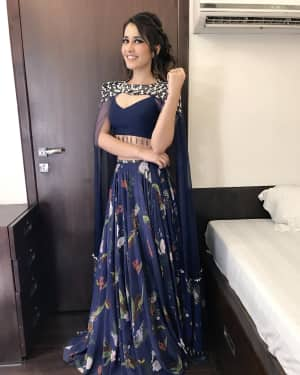 Raashi Khanna at Promotion Of Jai Lava Kusa In Big Boss Photos | Picture 1528506