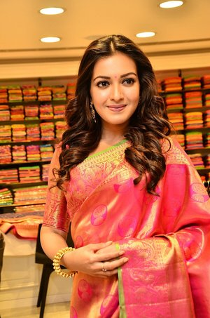 Catherine Tresa @ KLM Shopping Mall Launch Photos