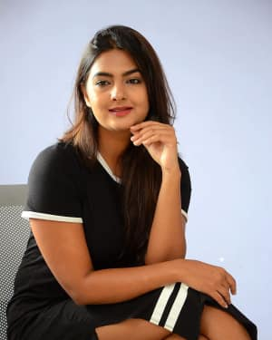 Actress Neha Deshpande at Vaadena Movie First Look and Teaser Launch Photos | Picture 1530635